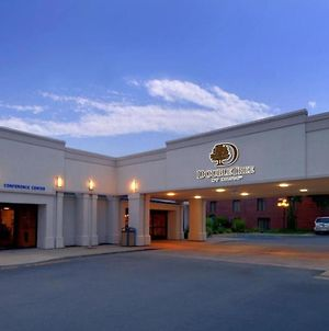 Doubletree By Hilton Grand Rapids-Airport photos Exterior
