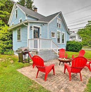 Beautiful Colonial Home Walk To Dtwn Mystic! photos Exterior