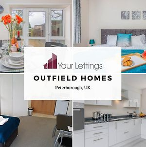 5 Bedroom Contractor House With Free Parking And Free Wifi - Outfield Homes By Your Lettings Peterborough photos Exterior