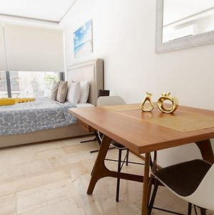 Studio In #1 Location With Ac Kitchen Pool Gym And Rooftop View Of The Caribbean photos Exterior