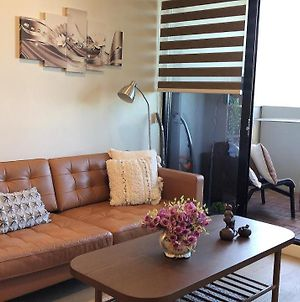 New Spacious And Luxury 2 Bbr 2 Bathroom Apt South Melbourne With 1 Free Parking photos Exterior