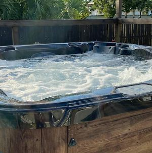 Perfectly Relaxing Queen Suite/Freestanding Tub, photos Exterior