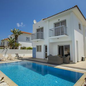 Imagine You And Your Family Renting This Luxury Villa Minutes From The Beach, Protaras Villa 1470 photos Exterior