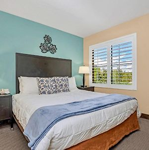 One Bedroom Suite With Queen Bed - Near Disney - Pool And Hot Tub! photos Exterior
