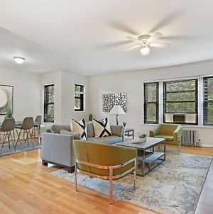 3-Br Designer'S Apt In The Iconic Hyde Park photos Exterior