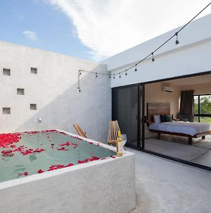 Piaf Private Pool And Terrace By Xenia photos Exterior