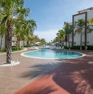 Cozy 2-Bedroom Apartment With Pool View In Beach-Front Complex photos Exterior
