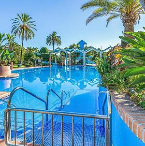 Amazing Apartment In Benalmadena Costa With Indoor Swimming Pool, Wifi And Outdoor Swimming Pool photos Exterior