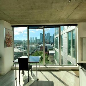 Luxury Condo Glass House Completely Furnished photos Exterior