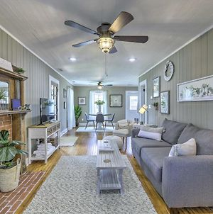 Chic Carrollton Cottage With Updated Interior! photos Exterior