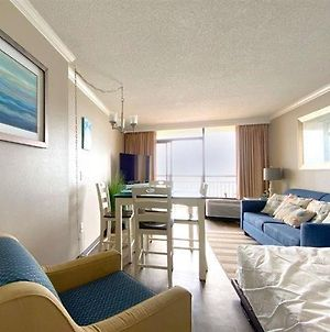 Oceanfront 1 Bedroom Suite With Beautiful Decor And Accents Caravelle Resort 1039 Sleeps 6 Guests photos Exterior