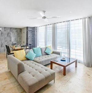 Exquisite New Condo With Rooftop Pool Near 5Th & Beach photos Exterior