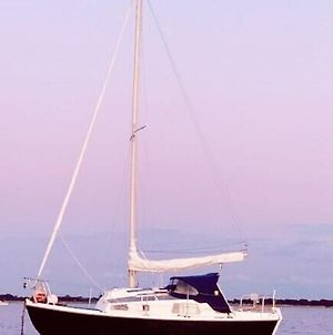 Lovely 22 Ft Macwester Yacht In Hayling Island - South Coast photos Exterior