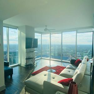 Luxury Penthouse Downtown On 37Th Floor With Amazing View Over Looking City & Stadium With Rooftop Pool,Sky Clubhouse,Free Parking,Free Wifi,24/7 Gym photos Exterior