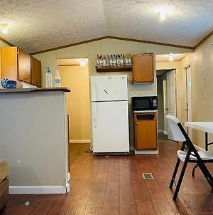 Southern Hospitality With Private Bed / Bath + Food photos Exterior