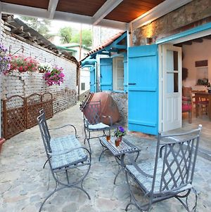 Imagine Your Family Renting This Traditional Stone Built Cottage, Nicosia Cottage 1003 photos Exterior