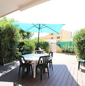 Nice 2 Rooms Apartment With Spacious Terrace - 100M From The Beach photos Exterior