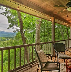 Secluded Home With Stunning Maggie Valley Views photos Exterior