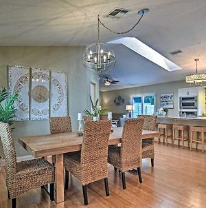 Stylish Palm Harbor Escape With Outdoor Oasis! photos Exterior