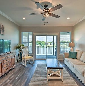 Lakefront Hot Springs Condo With Shared Pool! photos Exterior