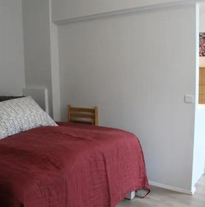 Cozy And Beautiful Dt Apartment. Perfect Location. photos Exterior