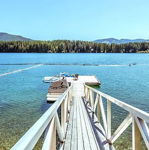 Lovely Cowichan Lake Front Sulte photos Exterior