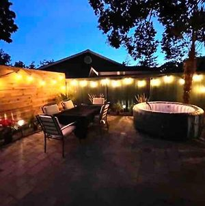 Perfect Sulte With Hot Tub Near The City photos Exterior