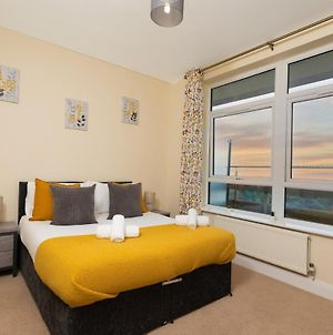 Ashford International Central Apartments With City Views, Private Balcony And Parking photos Exterior