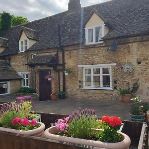 The Horse And Panniers Guest House. photos Exterior