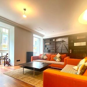 Luxury Stay In The Heart Of The City photos Exterior