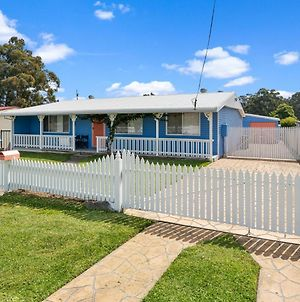 Walk To Everything In Huskisson Central Location And Sleeps 10 photos Exterior