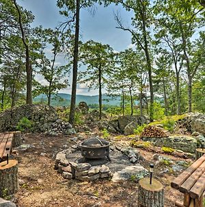 Upscale Wardensville Cabin With Deck And Hot Tub photos Exterior