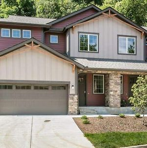 Brand New Black Mountain Home! Great Nightly Rate! photos Exterior