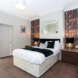 The Cotswold - 2 Bedroom Apartment With A Private Garden photos Exterior