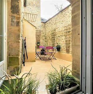 Lovely Apartment In Bayeux With Courtyard & Heating photos Exterior