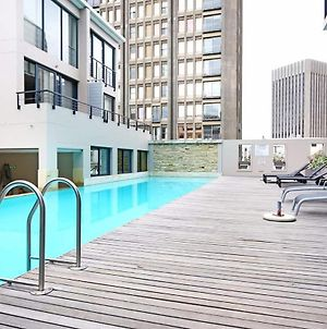 Business Hub Apartment With Rooftop Pool & Gym photos Exterior