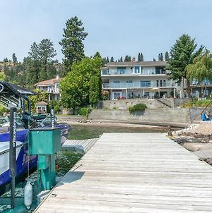 Multilevel Waterfront Suite With Boat Moorage photos Exterior