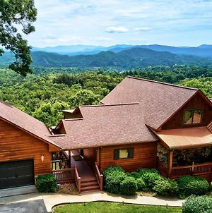 Large Murphy Cabin With Hot Tub And Mtn Views! photos Exterior