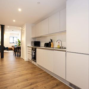 Stylish Modern Apartment In Central Manchester photos Exterior