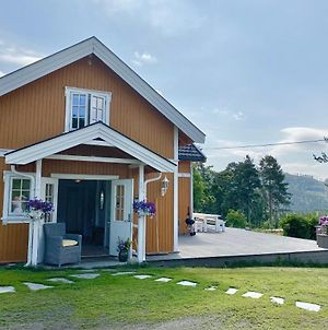 Guesthouse 20 Min From Sjusjoen, 30 Min From Lillehammer And Hamar, 2H From Oslo photos Exterior