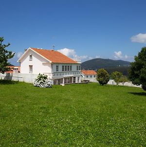 Beachfront Surf & Holiday House, Up To 10 Persons photos Exterior