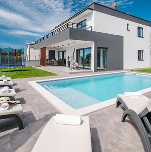 Beautiful Home In Krnica With Outdoor Swimming Pool And 4 Bedrooms photos Exterior