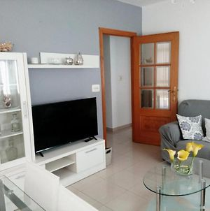 Apartment - 3 Bedrooms With Wifi - 01398 photos Exterior