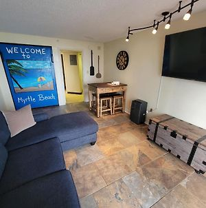 Oceanview 1 Bedroom Suite Landmark Resort 548 Perfect For A Couple Or Party Of 4 photos Exterior