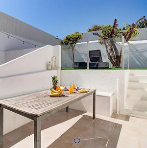 Brand New! 3-Bedroom Apartment With Private Sunny Patio In Cacilhas! photos Exterior