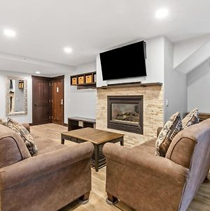 Cozy 2 Bdr Walk To Main St And Ski Lifts , Slopes photos Exterior