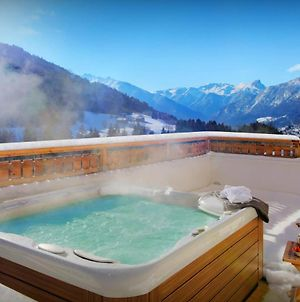 Ideal Family Mountain Chalet For 11 With Fabulous Views From Outdoor Jacuzzi Cosy Feel & Games Room photos Exterior
