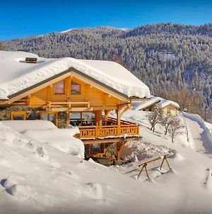 Contemporary Alpine Chalet In Megeve Sleeps 14 With Panoramic Views Hot Tub Sauna & Wine Cellar Close To Slopes photos Exterior