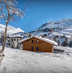 Wooden Mountain Charm Chalet For 11 In Village With Panoramic Views & Sauna Close To Slopes photos Exterior