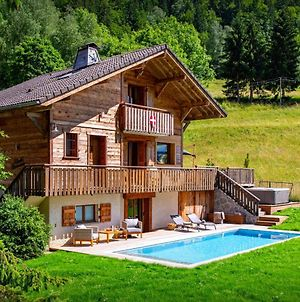Real Find Mountain Chalet Sleeps 8 Enjoy The Views From The Hot Tub Or Relax In The Sauna Great Skiing Nearby photos Exterior